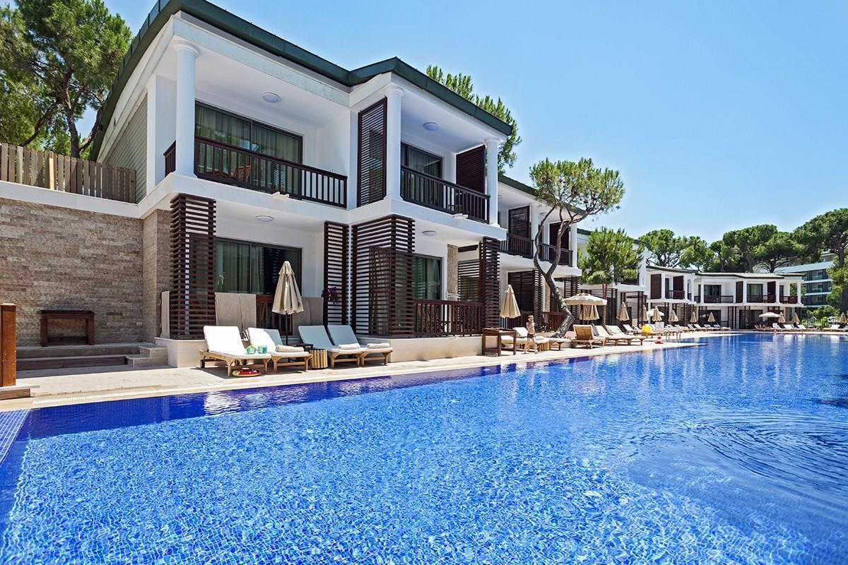 Laguna Duplex Villa